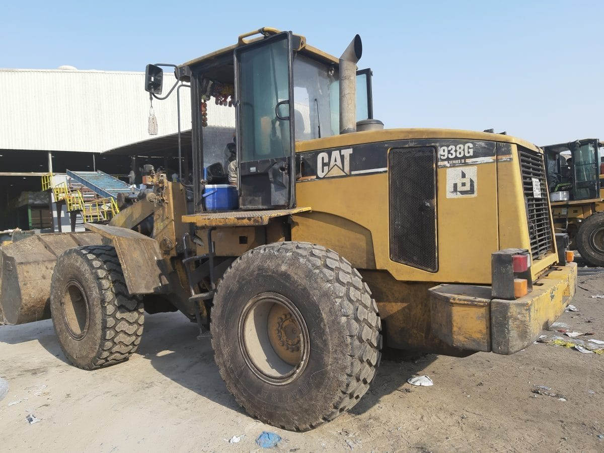 CAT 938G Wheel loader is working up to 16 hours daily with our 20.5R25 Magna MA01 tyres